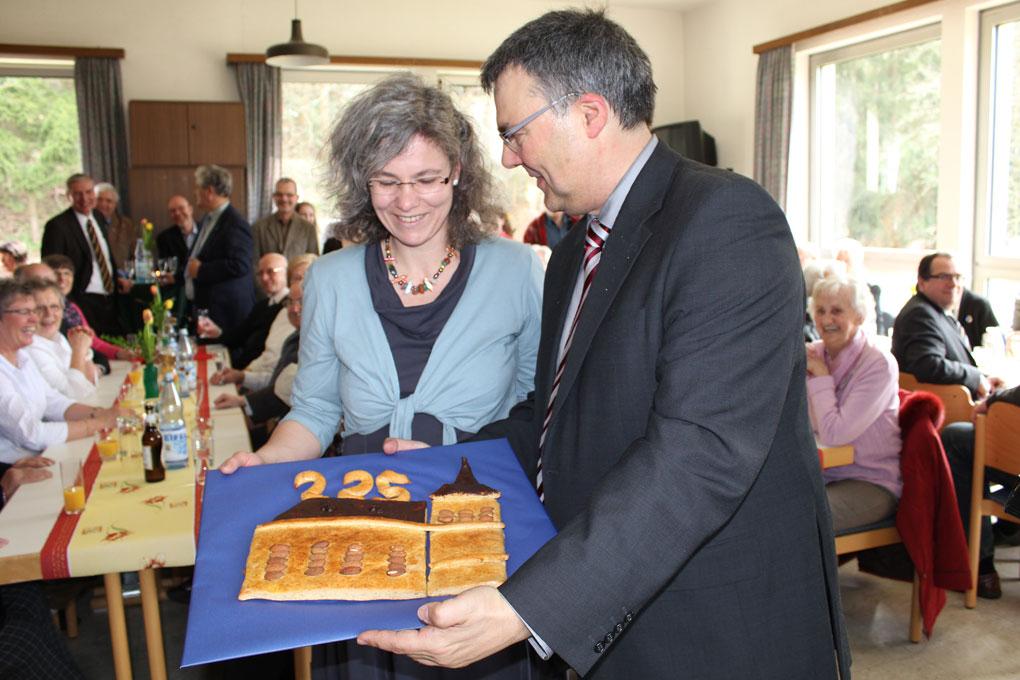 Kuchen mit kirche